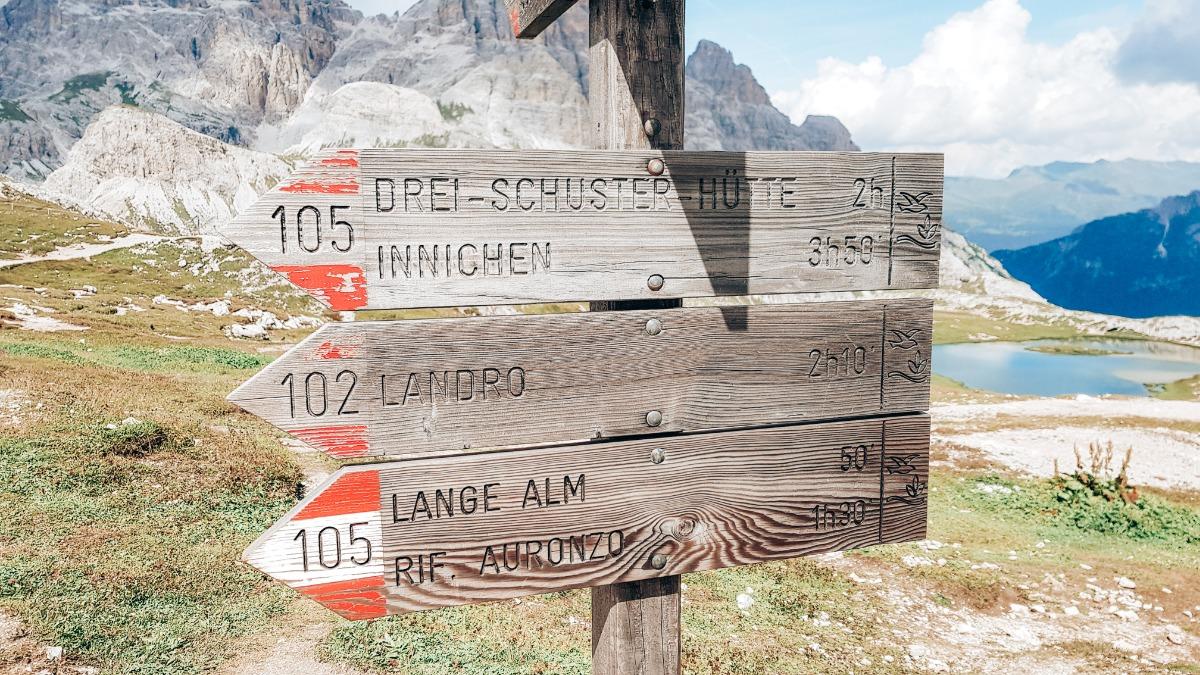 Bewegwijzering Dolomieten