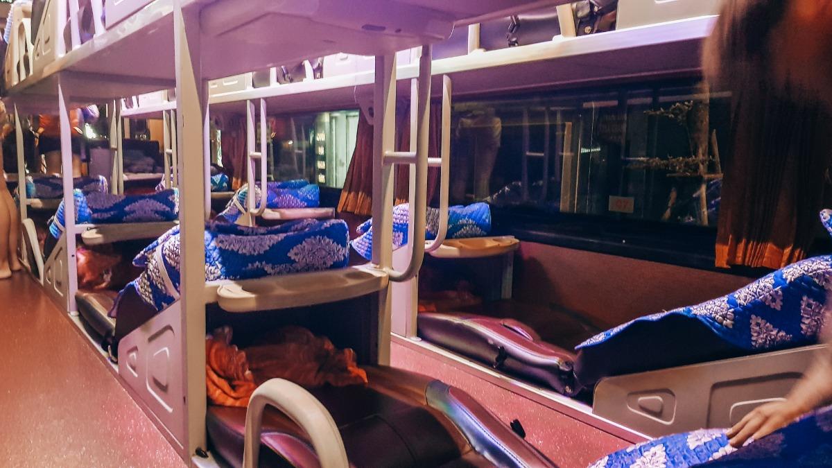Bus Hanoi Sapa Vietnam